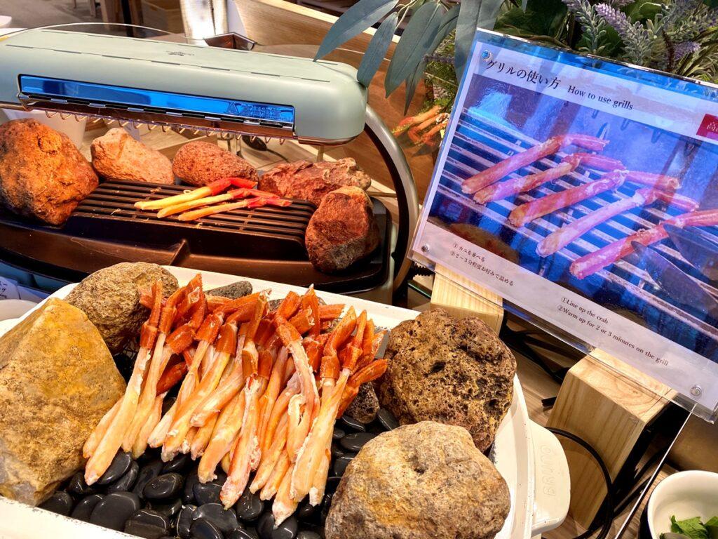 ザンギや豚丼用の豚肉、ジンギスカンも朝から好きなだけ食べられる。